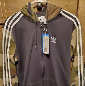 Men's Adidas Hoodie (NWT)